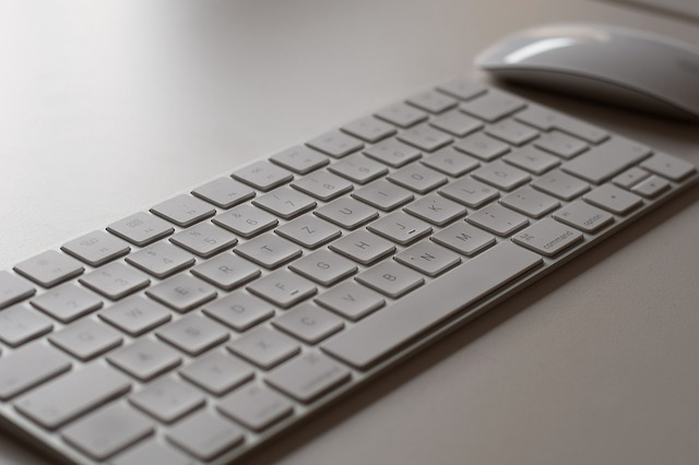 klávesnice pro psaní článků.jpg
