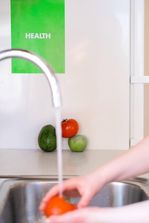 mytí zeleniny